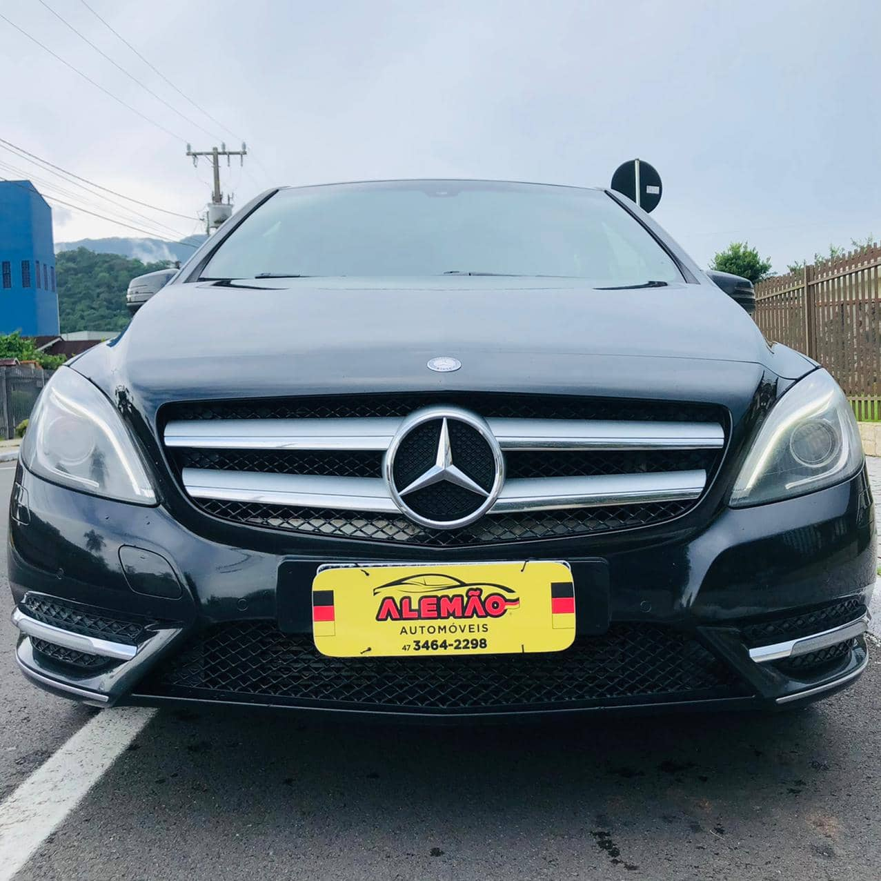 Mercedes-Benz B200 CGI